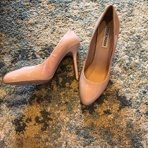 Steve Madden nude high heels